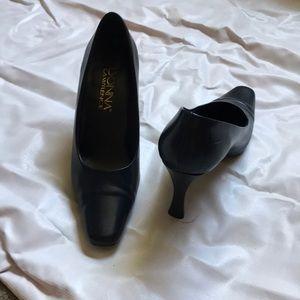 Shoes - Flat pumps